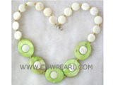 8mm white round & 15-20mm ellipse natural shell necklace